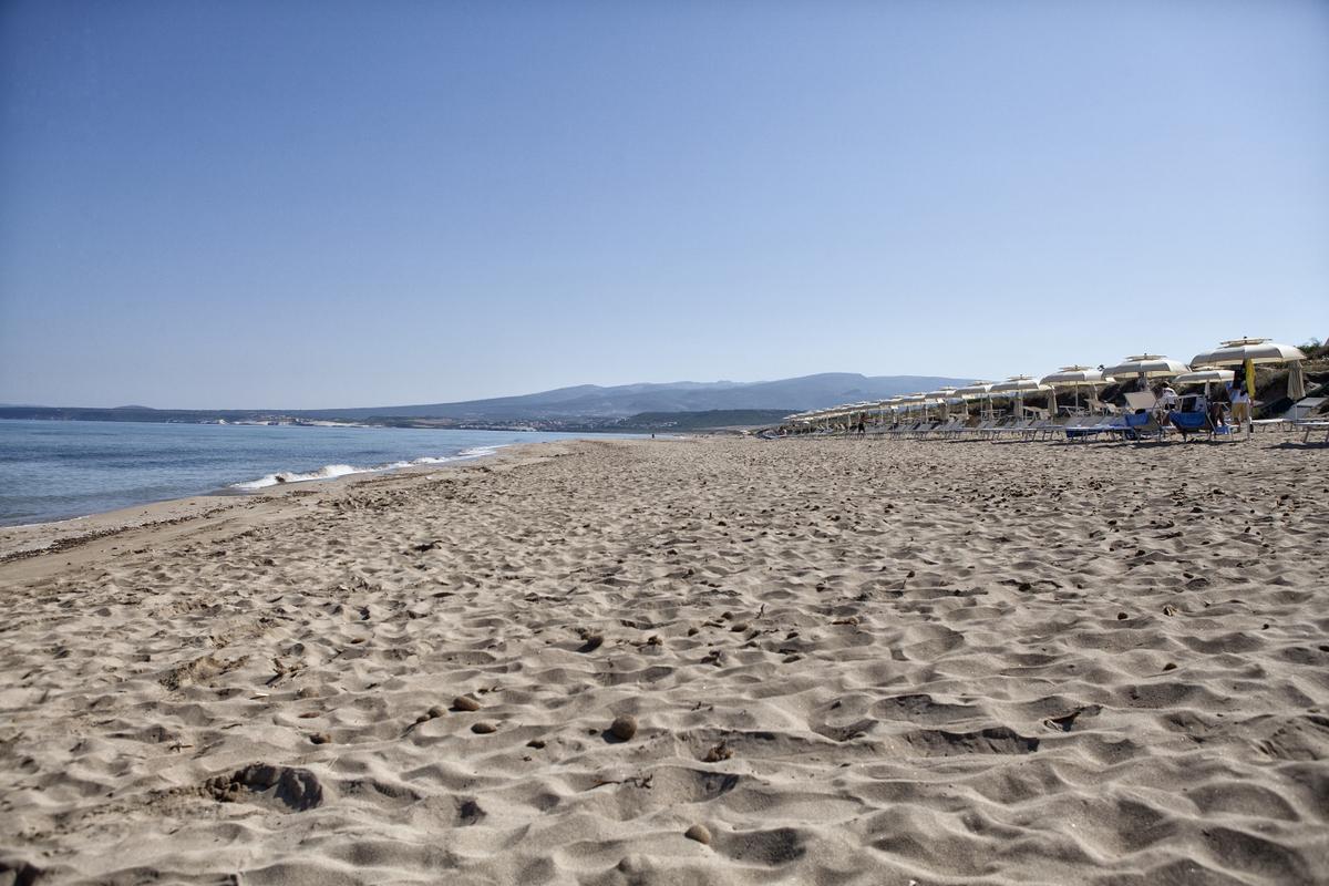 Spiaggia di Is Arenas, Narbolia