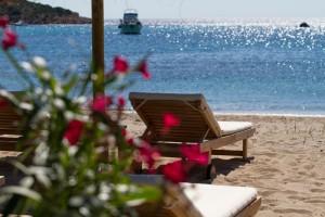 Reef Beach & Restaurant