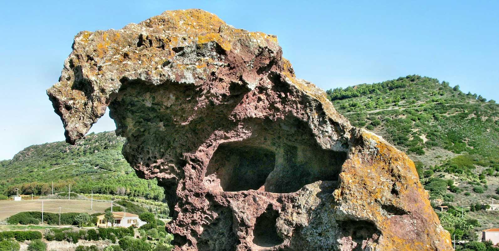 Roccia dell'Elefante, Castelsardo